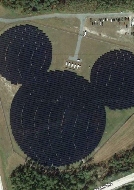 Zonnepanelen in Walt Disney World op Google maps