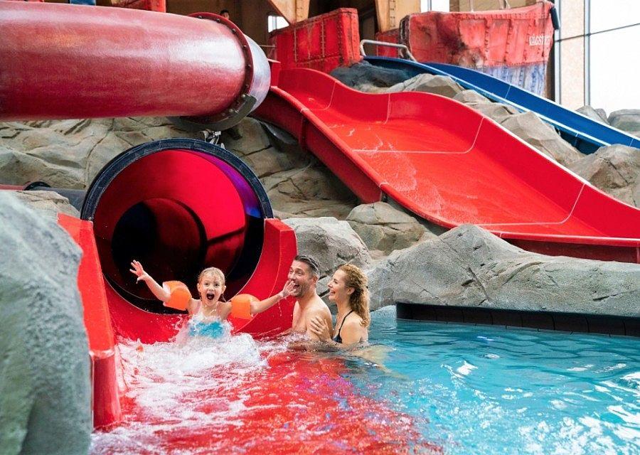 Waterglijbaan Översnurra in waterattractiepark Rulantica in Europa-Park