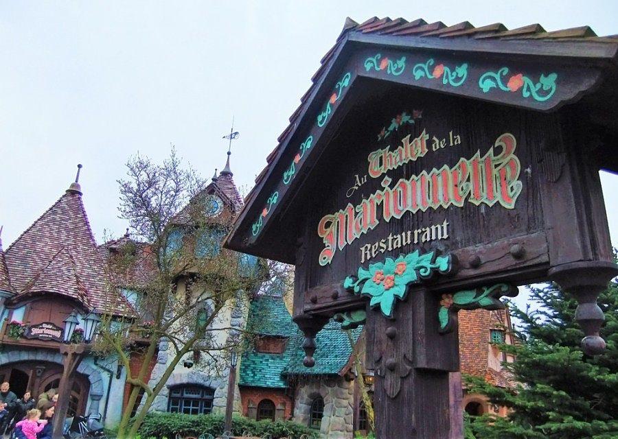 Au Chalet de la Marionette in Disneyland Paris – Foto: © Adri van Esch