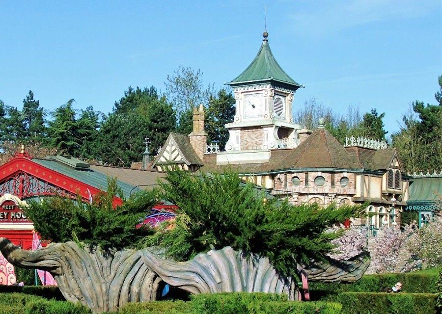 Fantasyland Station in Disneyland Paris – Foto: © Adri van Esch
