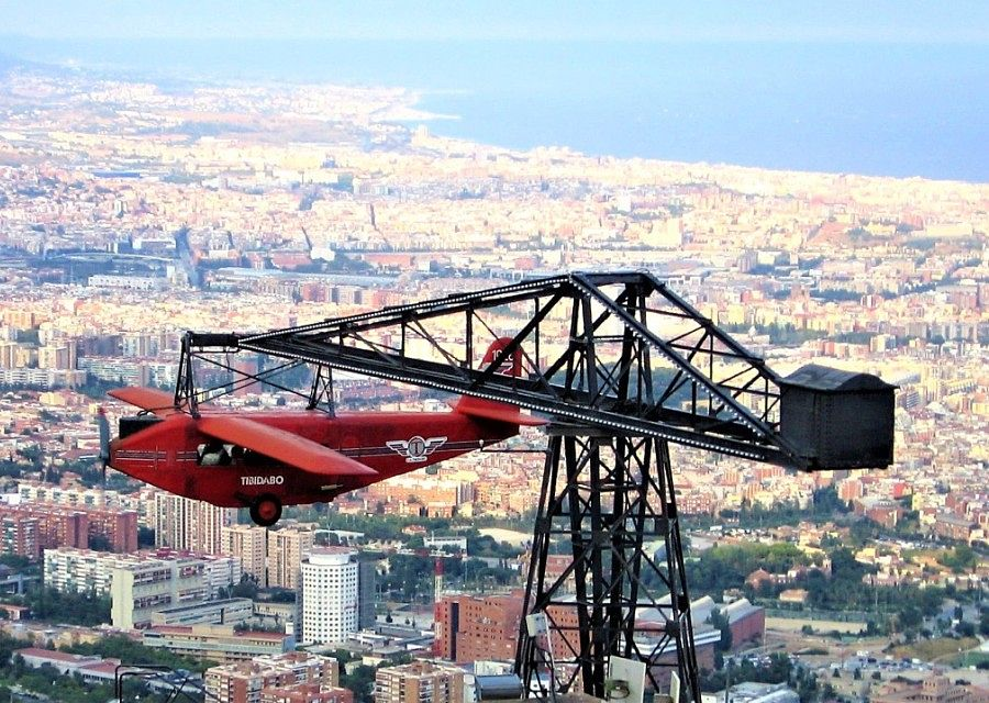 Avió in Tibidabo - Foto: Canaan - CC BY-SA 4.0, https://commons.wikimedia.org/w/index.php?curid=4661922