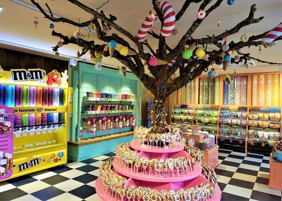 Sweeney's Sweeties in Attractiepark Slagharen - Foto: © Adri van Esch