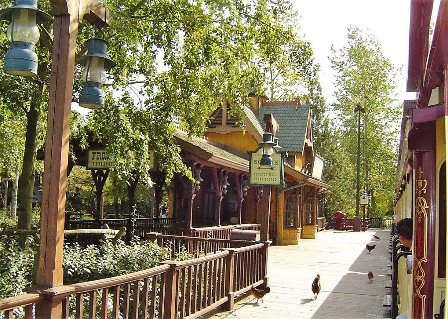 Station Frontierland Depot in Disneyland Paris - Foto: © Adri van Esch