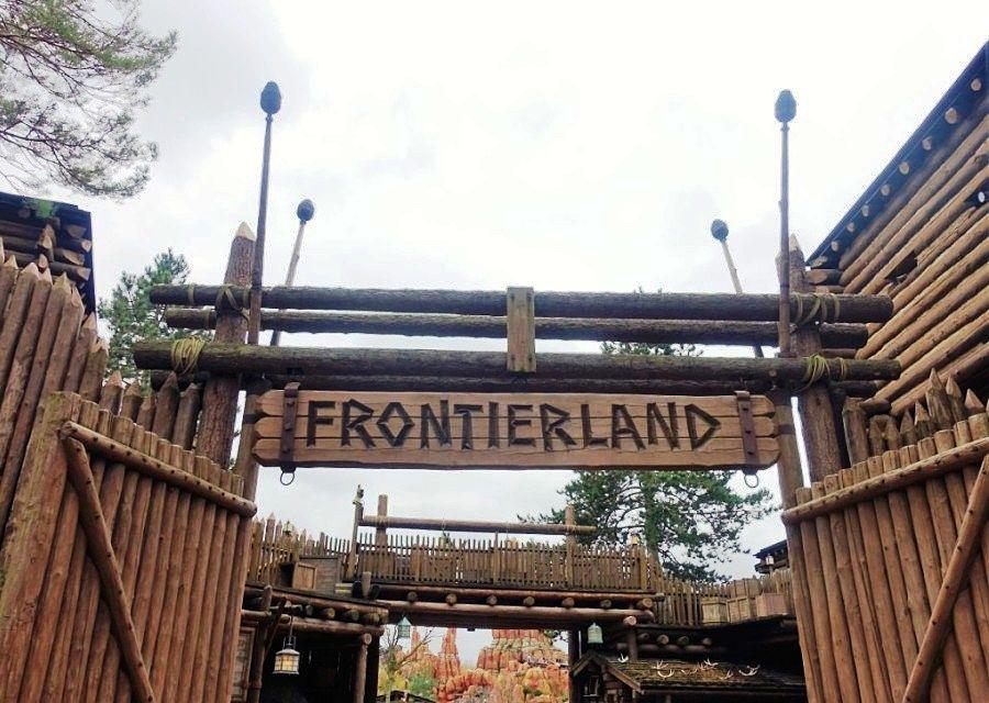Fort Comstock, de entree van Frontierland in Disneyland Paris - Foto: © Adri van Esch