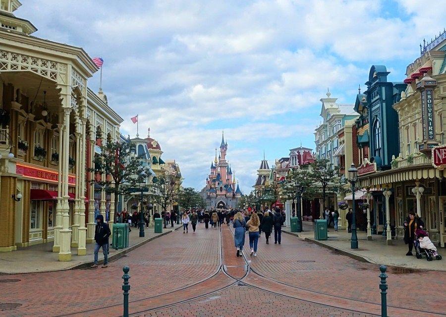 Main Street U.S.A. in Disneyland Paris - Foto: © Adri van Esch