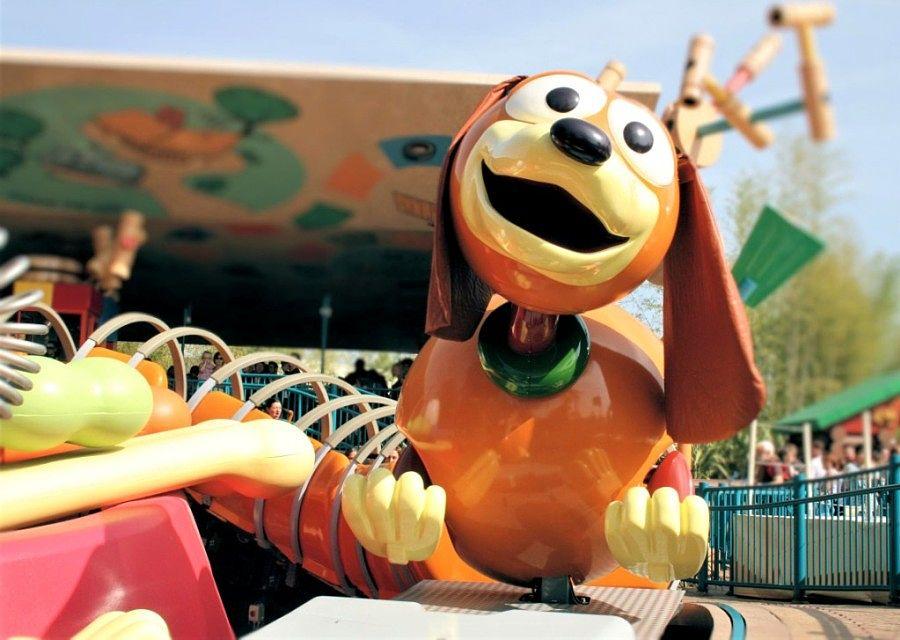 Slinky Dog ZigZag Spin in Toy Story Playland in Walt Disney Studios - Foto: © Adri van Esch
