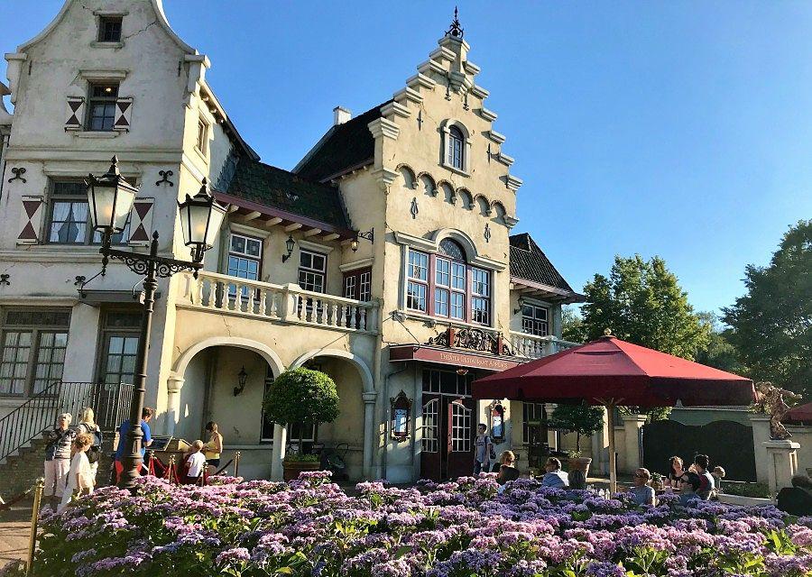 Pinokkio's Restaurant in theaterrestaurant Applaus in de Efteling - Foto: © Adri van Esch
