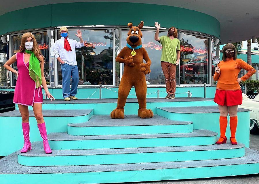 Entertainment in coronatijd in Universal Studios - Foto: Mousesteps op Twitter