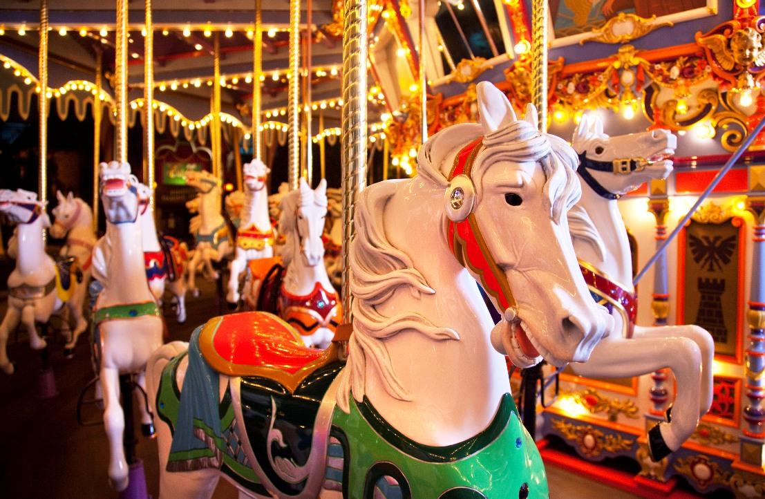 DLC King Arthur Carrousel Foto Disney Paul Hiffmeyer 15pers
