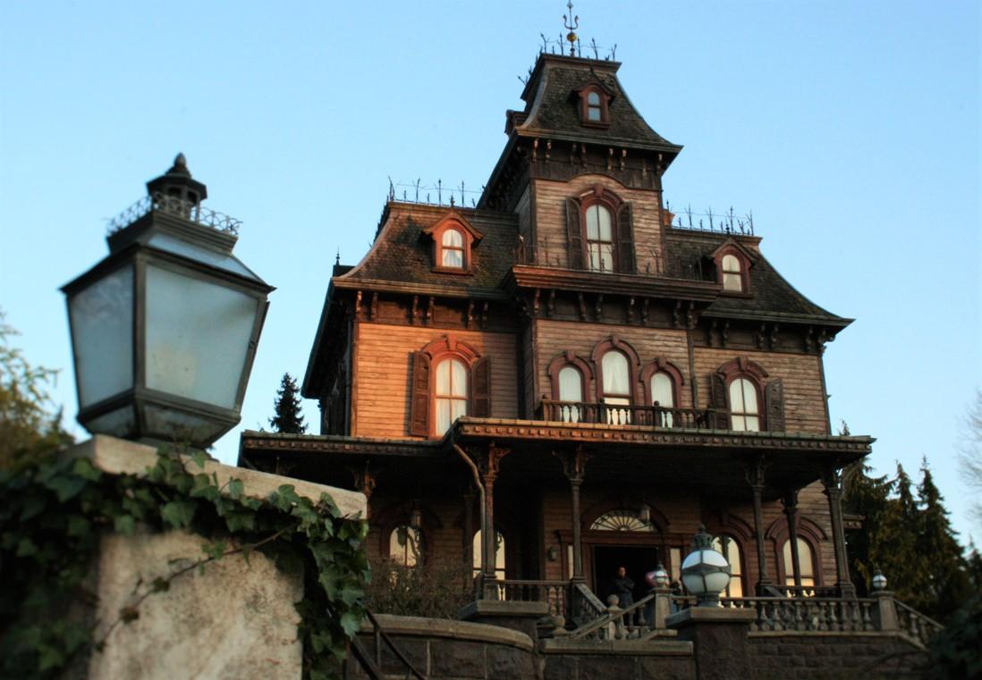 Phantom Manor in Disneyland Paris - Foto: (c) Adri van Esch