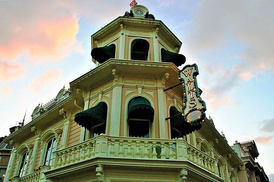 Walt's - An American Restaurant in Disneyland Paris - Foto: © Adri van Esch