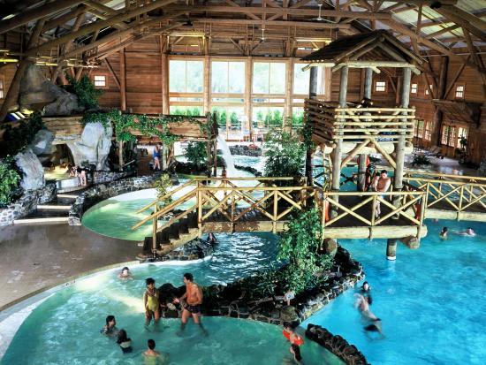 Het zwembad bij Davy Crockett Ranch - Foto: (c) Disney
