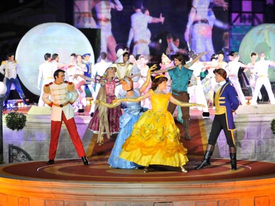 Opening van het Festival vol Magische Momenten - Foto: (c) Disney