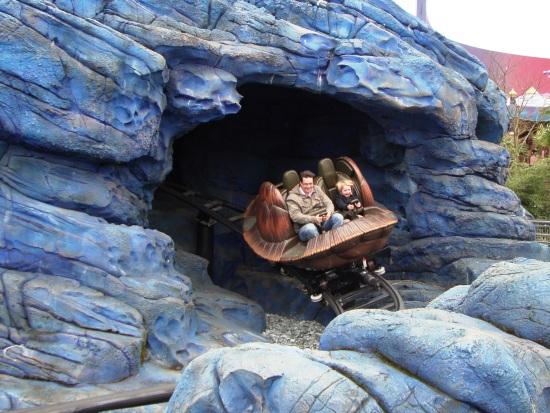 Crush's Coaster in Walt Disney Studios - Foto: (c) Parkplanet