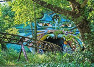 Overblijfselen van achtbaan Spreeblitz in Spreepark in Berlijn - Foto: Björn O (Flickr c.c.)