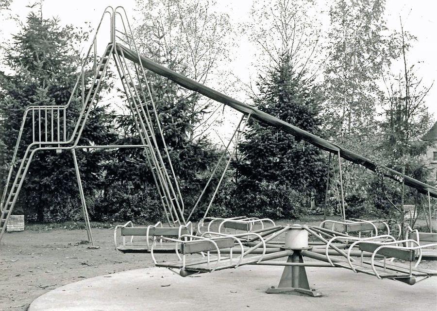 Nostalgie: Speeltoestellen de grote speeltuin van de Efteling