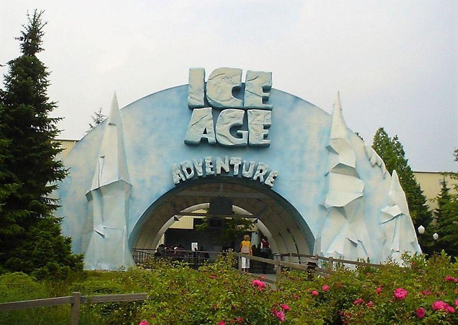 De ingang van het voormalige Ice Age Adventure in Movie Park Germany - Foto: © Adri van Esch