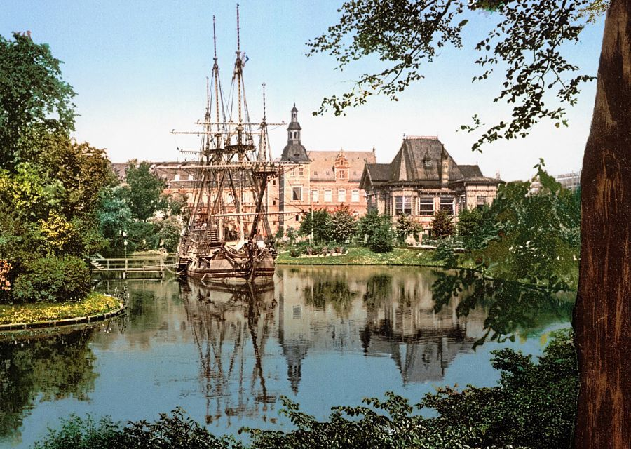 Tivoli in Kopenhagen halverwege de vorige eeuw - Foto: Wikipedia c.c.