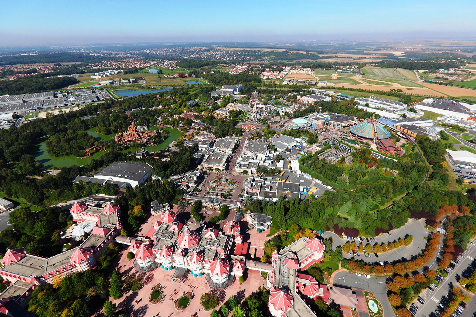 Luchtfoto van Disneyland Park - Foto: (c) Disney