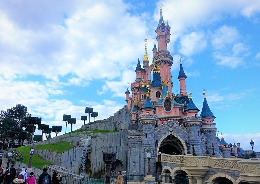 Het kasteel in Disneyland Paris - Foto: © Adri van Esch